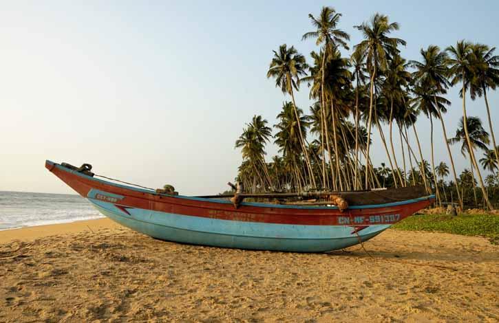 Spiaggia di Wadduwa - Sri Lanka.Beach of Wadduwa - Sri Lanka.