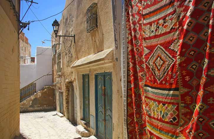 Тунис, Порт Эль-Кантави 4