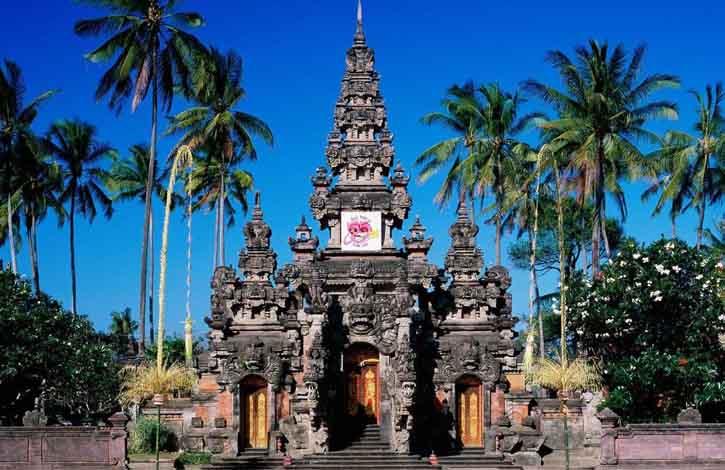 Денпасар, Бали