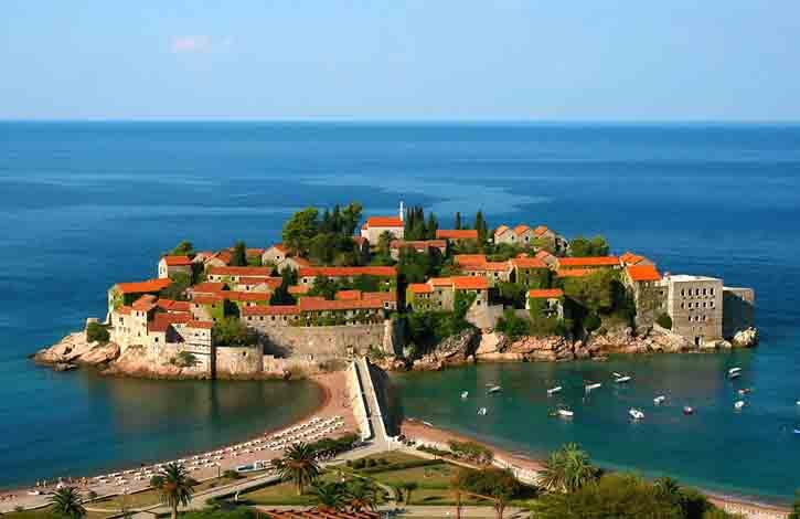 Бросай все и поехали в Черногорию!